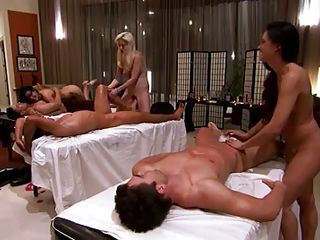 massage parlour turns into an orgy ground @ season 3, ep. 2