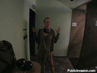 suck my cock in the hallway